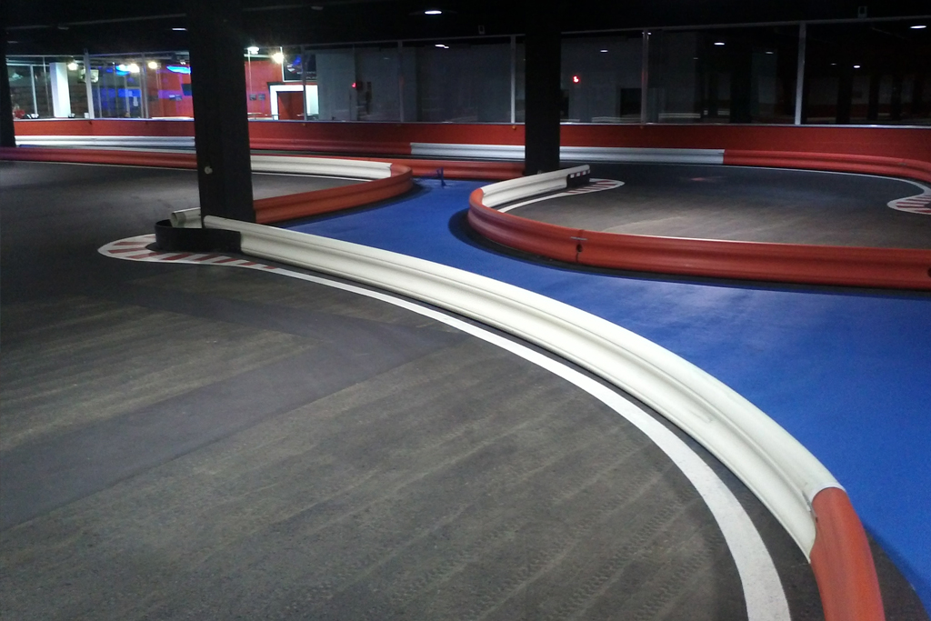karting-indoor-plaza-4