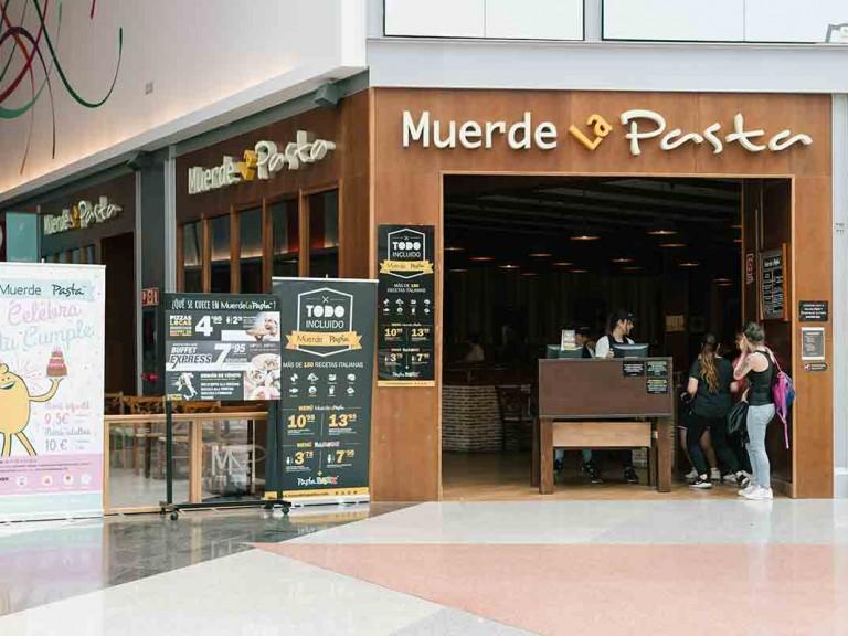 muerde-la-pasta-plaza-imperial